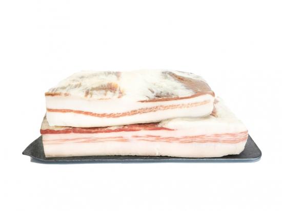 Iberian acorn streaky bacon. 0.650 KG APPROX.